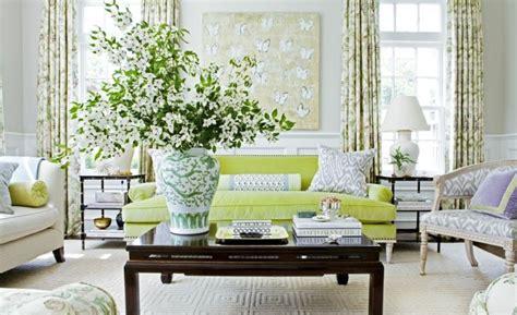 canape confortable moelleux canapé vert dans le salon contemporain et idées déco assortie