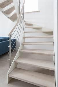 Treppen Renovieren Ideen : hpl treppe mit wei er wange und relinggel nder stufen und handlauf in der holzart douglasie ~ A.2002-acura-tl-radio.info Haus und Dekorationen