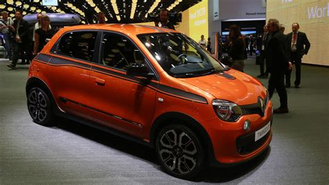 renault twingo renault twingo gt in paris proves good things come in
