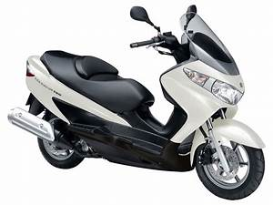 Scooter 125 Burgman : 2010 suzuki an burgman 125 scooter pictures specifications ~ Gottalentnigeria.com Avis de Voitures