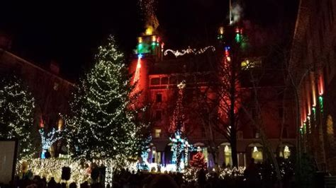 christmas lighting ceremony hotel gm speech hotel colorado courtyard lighting ceremony picture of hotel colorado glenwood