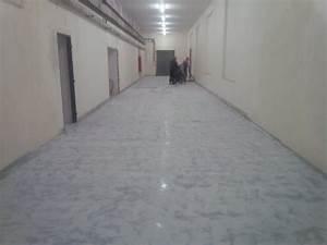 Podlaha v dílně