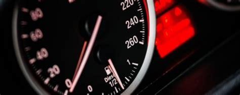 Uzņēmumu vieglo transportlīdzekļu nodokļa maksāšanu par vieglajiem taksometriem