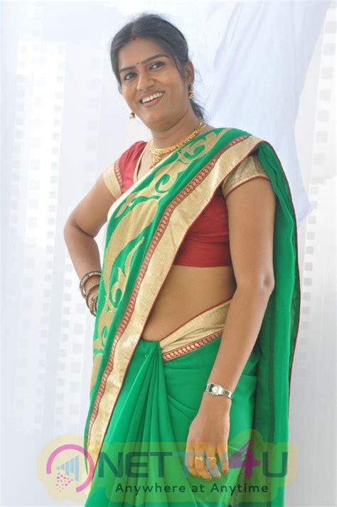 Telugu Bedroom Photos by Bhavana Telugu Serial Photos In Saree