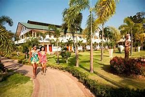 farang archiv 11 2010 With katzennetz balkon mit hotel thai garden pattaya