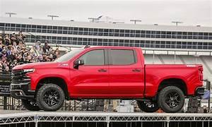 GM unveils 2019 Chevrolet Silverado