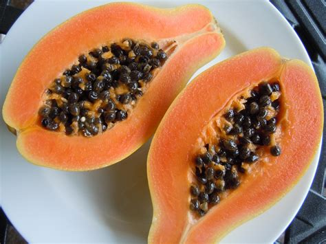 how to cut a papaya feeling fruity with a papaya pumelo pomegranate meyer lemons 187 nutmeg notebook