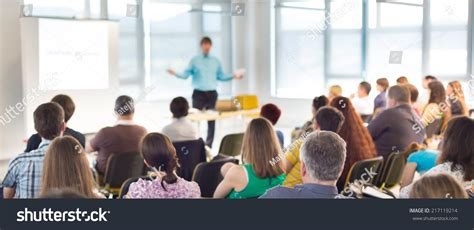 11343 business presentation audience speaker at business workshop and presentation audience at