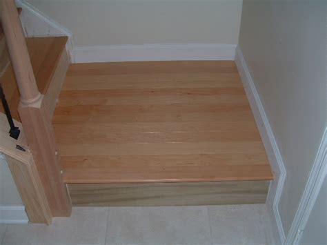 cut laminate flooring from top or bottom cutting the risers for the stairs diy laminate and