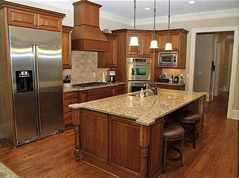 colors for kitchens with maple cabinets 41 best images about kitchen cabinets on grey 9440