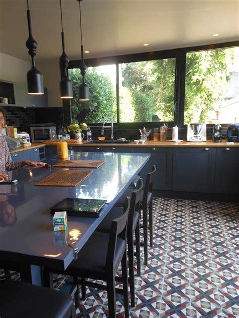 faience cuisine contemporaine cuisine au carrelage à losanges ancien bannwart