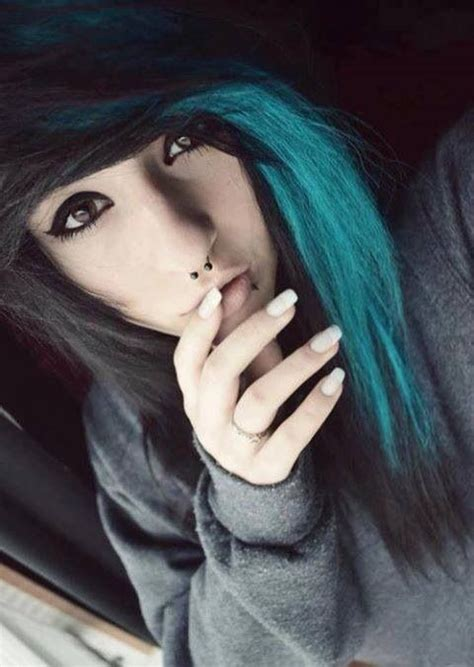 Scene Girl With Black And Turquoise Hair Scene