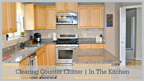 how to organize kitchen counter kitchen countertop organization in the kitchen 7297