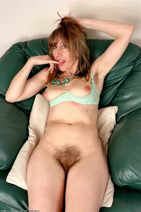 Hairy Milf Cunts Pic Of