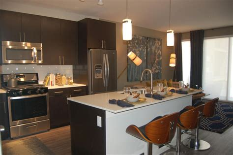 36 Stylish Small Modern Kitchens (Ideas for Cabinets