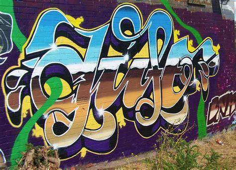 Graffiti Uk :  United Kingdom 78