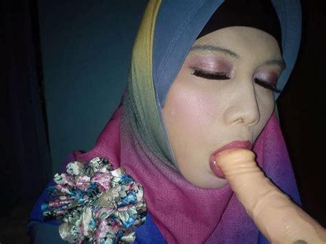 jilbab indonesia xxgasm