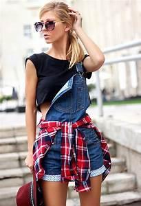 tartan shirts around the waist