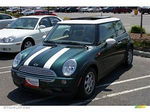 Mini Cooper 2003 : 2003 british racing green metallic mini cooper hardtop 9335418 car color galleries ~ Farleysfitness.com Idées de Décoration