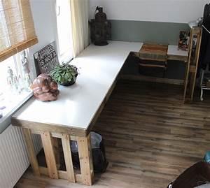 Schreibtisch Selbst Bauen : diy schreibtisch aus paletten selber bauen office ideas ~ A.2002-acura-tl-radio.info Haus und Dekorationen