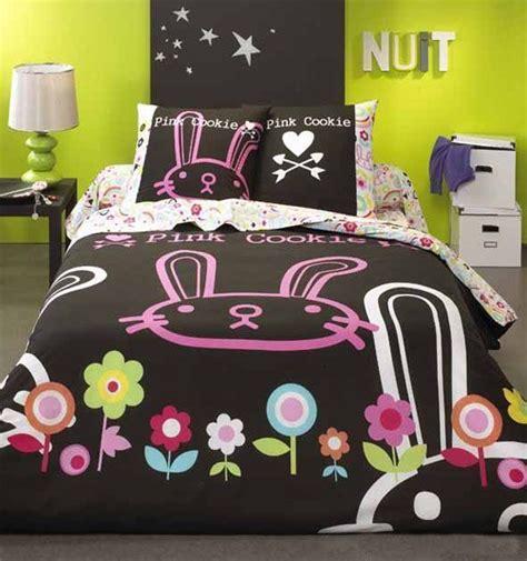 Deux taies d'oreiller 63x63 cm avec dessin placé. Housse de couette Pink Cookie Manga 200x200 - Linge de maison | decotaime.fr