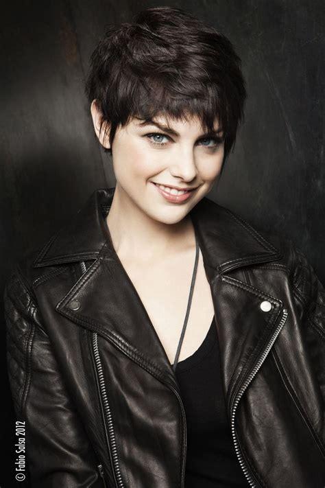 coupe de cheveux court les coupes de cheveux courtes pour femmes coiffure
