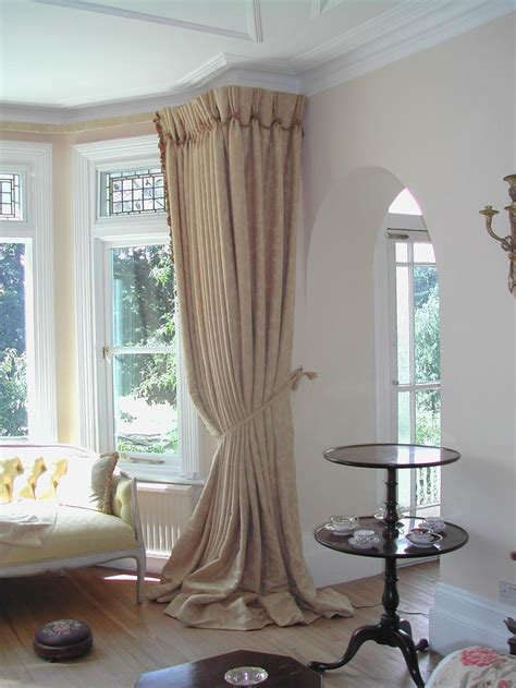 Drapes For Bay Window - 17 best ideas about bay window curtains on bay