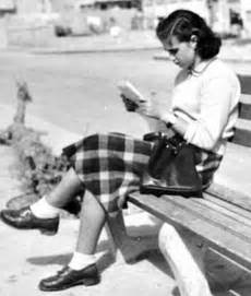 1940s Teen Girl Fashion