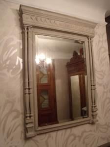 Miroir avec lampes autour photos de conception de maison for Miroir avec lampes autour