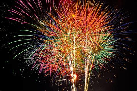 clipart fuochi d artificio disegni di fuochi d artificio da colorare fotogallery