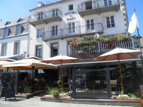 sous le soleil picture of hotel restaurant du port locquirec tripadvisor