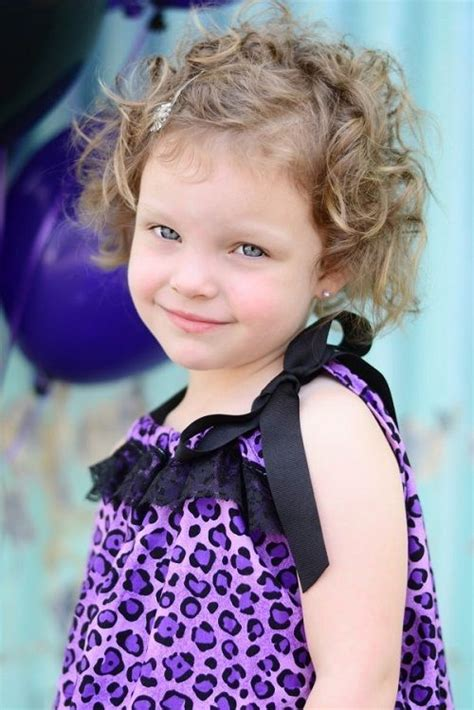 toddler curly haircuts best 25 curly hairstyles ideas on black