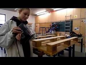 Europaletten Möbel Anleitung : sofa aus europaletten bauen diy anleitung videos ~ Markanthonyermac.com Haus und Dekorationen