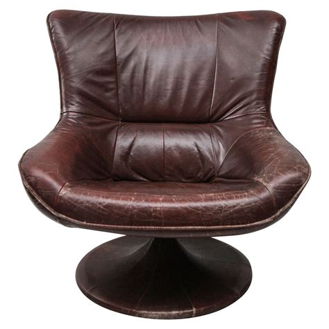 Leather Swivel Chair At 1stdibs by Leather Gerard Den Berg Style Swivel Chair At 1stdibs