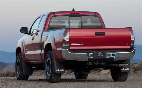 Best Towing Midsize Truck by Truck Trend S 2012 Best In Class Compact Midsize