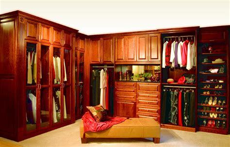 Walk In Closet Furniture by Walk In Closet Design Ideas Home Trendy