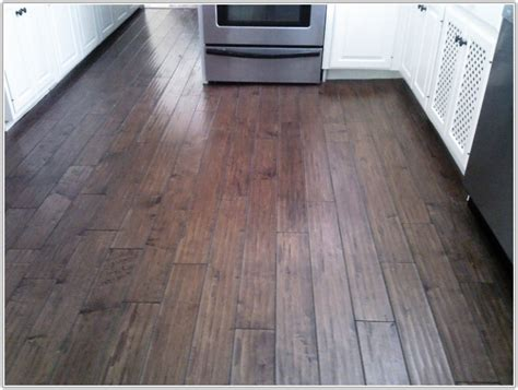 laminate wood flooring that looks like tile laminate flooring looks like tile tiles home design ideas qjdjjbldem