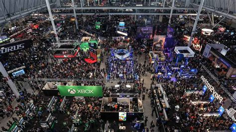 sony  pax south   biggest show floor  playstation universe
