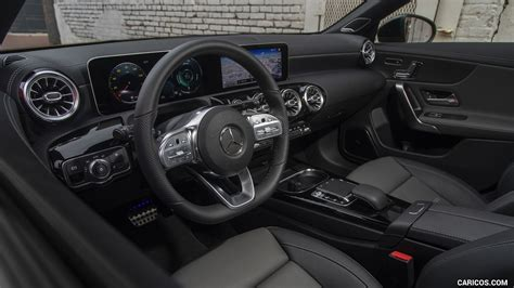 What's newthe cla has been redesigned for 2020; 2020 Mercedes-Benz CLA 250 Coupe (US-Spec) - Interior | HD Wallpaper #159 | 1920x1080