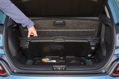 Hyundai kona electric car interior. Hyundai Kona Electric interior   Autocar