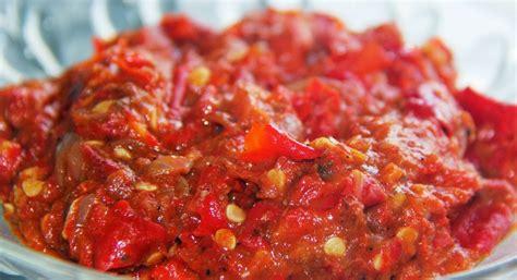 Untuk menemani makan kamu biar tambah mantap. Resep Aneka Sambal Enak Pedas - Harian Resep