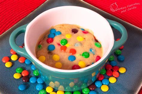 rainbow chocolate chip microwave cookie  bake cookie
