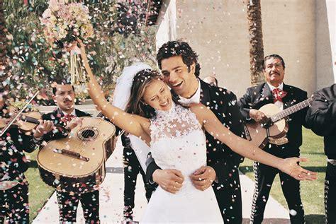 Choosing A Live Band  Articles  Easy Weddings