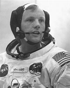 Neil Armstrong profile - Famous people photo catalog.