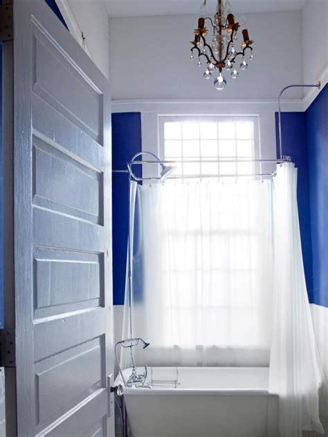Tub Ideas For Small Bathrooms - small bathroom decorating ideas hgtv