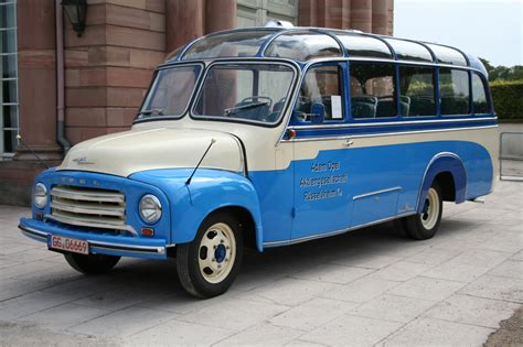 opel blitz opel blitz panoramabus photos reviews news specs buy car