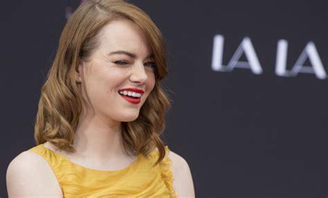 ¡Emma Stone lucha por la igualdad de salarios en Hollywood ...