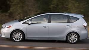 Toyota 7 Places Hybride : prise en mains toyota prius le premier monospace hybride pour l 39 europe ~ Medecine-chirurgie-esthetiques.com Avis de Voitures