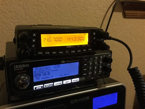 Boat Vhf Radio Channels by The Best Marine Vhf Radio 2018 Fixed Mount And Handheld