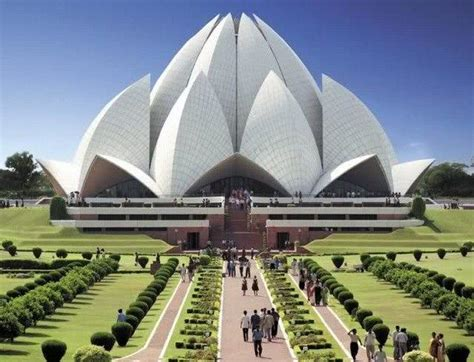 2013 World's Best 25 Architectural Buildings